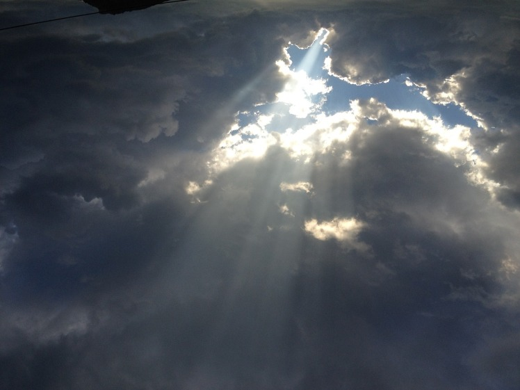 clouds-1735595_1280.jpg